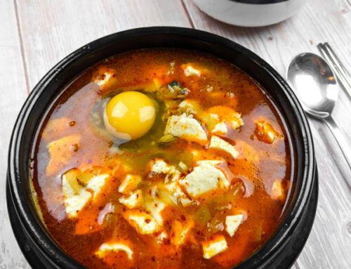 Sundubujjigae / Soupe au tofu soyeux aux fruits de mer / 순두부찌개
